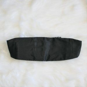 1980s Pleated Black Silk Cummerbund Lord Taylor